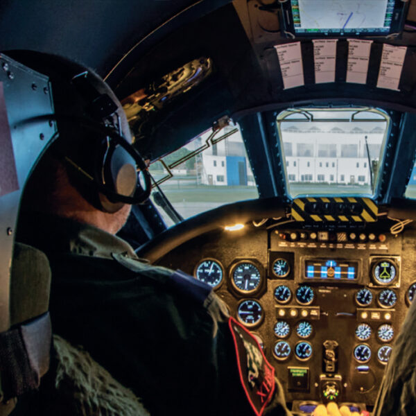Pilot Vulcan Bomber Simulator